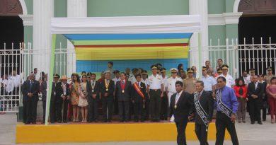 Catacaos vivió a plenitud ceremonia plena de izamiento por aniversario