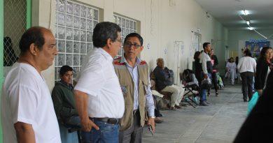 Hernando Cevallos, su compromiso es con la salud de los piuranos  tras visitar hospital Santa Rosa