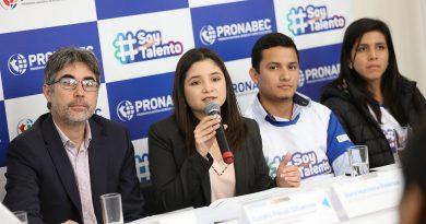 Estudiantes del quinto año de secundaria ahora podrán concursar a Beca 18