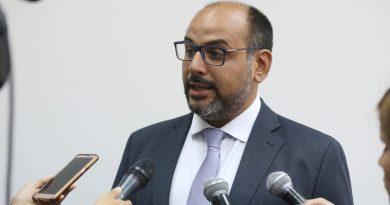 """Ministro de Educación será primer invitado en """"PENsar Educación"""""""