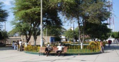 Regidor, Exige a Alcalde Ayala de La Unión expediente técnico y plano de obra