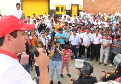 Gobernador regional apoya a armadores pesqueros